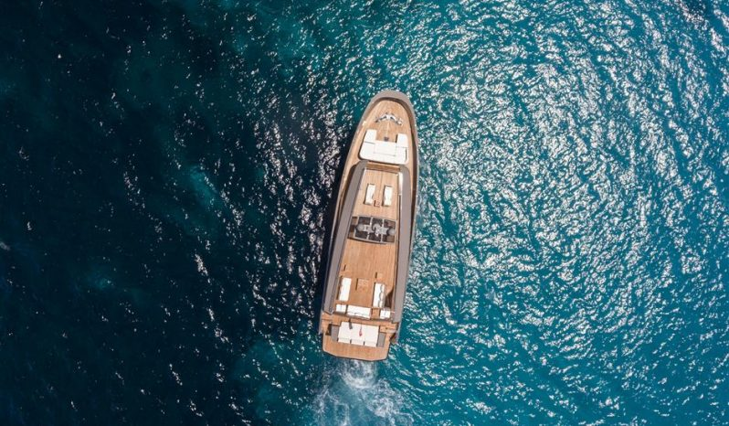 WALLYKOKONUT — Wally Yachts full